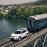Ren Nehri Üzerinde 120 Tonluk Treni Çekmeyi Başaran Land Rover Discovery Sport