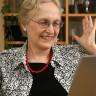 İnternet Manyağı Çocuklarına Ev İşi Karşılığında Wi-Fi Şifresini Veren Anne Gibi Anne