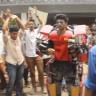 Hintli Öğrenciden Tam Donanımlı Iron Man Kostümü