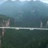 Geçmek Yürek İster: 430 Metre Yüksekliğindeki Dünyanın En Uzun Cam Köprüsü Açıldı!