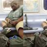 Metroya Taşıdığı Oyun Konsoluyla Hipnotize Edilmiş Gibi Oyun Oynayan Adam!