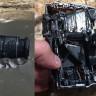 Su Jeti İle Pürüzsüz İkiye Bölünen SLR Fotoğraf Makinesi