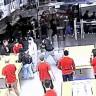 Hırsızların Apple Store'u 12 Saniye İçinde Soyduğu Video Görüntüleri Ortaya Çıktı!