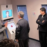 Havalimanlarına İnsanların Vücudunu Tarayan Yalan Makineleri Geliyor