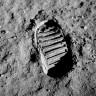 NASA, Ay Tozunun Havada Durmasının Nedenini Çözdü