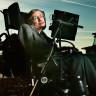 Stephen Hawking'in 'Bilgisayardaki Sesi' Olmak İçin Birbirleriyle Yarışan Ünlülerin Yer Aldığı Duygusal Video