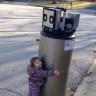 Bir Çocuğun 'Robot' Sandığı Şeye Karşı Gösterdiği İnanılmaz Sevgi Gösterisi