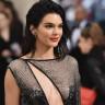 Kendall Jenner, Tek Bir Instagram Gönderisi İçin 250.000 Dolar Aldı!