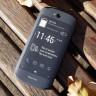 Hem Önünde Hem de Arkasında Dokunmatik Ekran Olan YotaPhone 3 Tanıtıldı