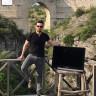 Hırsızlara Çaldırmamak İçin Tatile 'Televizyonuyla' Çıkan Adam