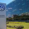 Volkswagen'in Akıllı Otomobilleri, Robotlarla Şarj Edilecek!