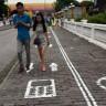 Çin'de Telefon Bağımlıları İçin Özel Yol