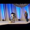 Boston Dynamics'in Sahneden Düşen Robotu Yürekleri Ağza Getirdi