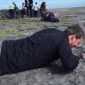 Yükseklik Korkusunu Yenmek İçin Olmadık Şekillere Giren Adamın Viral Olan Videosu