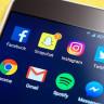 Sosyal Medyadaki İlgi Çekici İçerikler, Telefonlara Daha Fazla Bağlanmamıza Neden Oluyor!