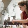 Intel, İnsan Beyni Gibi Öğrenen Robot İşlemciler Üretiyor!