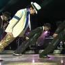 Michael Jackson'ın Yer Çekimine Meydan Okuduğu Efsanevi Hareketinin Sırrı