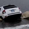 Jeep'i ile Göle Uçan Kadın: Hepsi Navigasyon Uygulamasının Suçu!