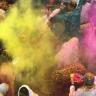 Tim Cook, Holi Festivali'nde iPhone X ile Çekilen 3 Fotoğraf Paylaştı