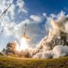 Roketin Fırlatılışını Yakından Çekeyim Derken Makinenin Lensini Mahveden Fotoğrafçı