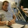 'Terminatör'  Arnold Schwarzenegger Hayata Tutundu!