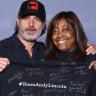 Kanserden Ölen The Walking Dead Hayranı Mesajlarla Anıldı