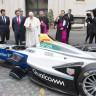 Papa Francis, Bir Formula E Aracını Kutsadı