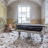 Avrupa'yı Gezerek Terkedilmiş Piyanoları Fotoğraflayan Garip Sanatçı