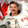 Dünyanın Çevresini 2650 Kere Dönen Kanadalı Astronot: Uzayda Hayat Yok!