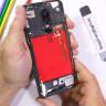 OnePlus 6'nın Arka Kapağını Saydam Yaparak Çok Hoş Bir Görünüm Kazandıran YouTuber (Video)