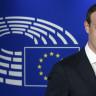 Biri Şu Sarışını Durdursun: Avrupa Parlamentosu'nda İfade Veren Zuckerberg Yine Özür Diledi!