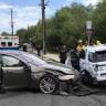 Bir Tesla Otomobili Daha Otopilot Kazası Geçirdi! (Bu Sefer Duran Araca Çarptı)