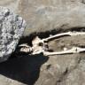Tarihin En Büyük Felaketinden Kaçarken Kafasına Kaya Düşerek Ölen Tüm Zamanların En Şanssız Adamı