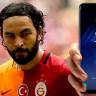 Galatasaraylı Futbolcu Selçuk İnan, Samsung'a Açtığı Galaxy 'S8' Davasından Vazgeçti