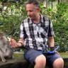 iPad Sihirbazından Maymunları Heyecanlandıran Eğlenceli İllüzyon