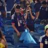 Japonlar, Dünya Kupası Maçı Sonrası Tüm Stadyumun Çöplerini Temizledi