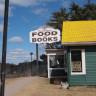 Uğrayan Her Müşterisine Üç Kitap Birden Hediye Eden Restoran: Traveler