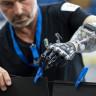 Adeta Gelecekten Gelmiş Gibi Görünen, Çok Kullanışlı Protez Kol ve Bacaklar