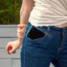 Kadın Pantolon Ceplerinin Akıllı Telefonlar İçin Çok Küçük Oldukları Kanıtlandı