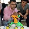 Şanlıurfa'da Dört İşlem Sorusu Çözebilen Bir Robot Üretildi