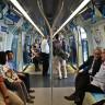 Bazı İnsanlar, Toplu Taşıma Araçlarında Neden Başkalarına Yer Vermiyorlar?