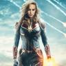 Fragmanı İzleyen Herkesi Şok Eden Captain Marvel, Yaşlı Kadına Neden Yumruk Attı?