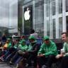 Huawei, iPhone Kuyruğundakilere Powerbank Dağıtarak Apple ile Dalga Geçti