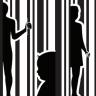 Araştırmaya Göre İnsan Kaçakçıları Küçük Yaştaki Kurbanlarını Facebook ve Tinder'da Buluyor