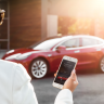 Elon Musk: Tesla Araçları Telefonla Aradığınızda Yanınıza Gelecek