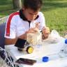 İzmir'de Bir Ortaokul Öğrencisi, Tuzlu Su ve Güneş Işınları ile Çalışan Araç Geliştirdi
