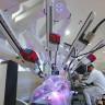 İngiltere'de Robot Asistanlığında Gerçekleştirilen İlk Kalp Kapakçığı Ameliyatı Hastanın Ölümüyle Sonuçlandı