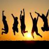 Bir Bilim İnsanı, Bütün İnsanların Bir Araya Gelip Aynı Anda Zıpladığında Ne Olacağını Açıkladı