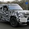 Land Rover, 2019'da Piyasaya Sürülmesi Beklenen Defender Modelinin Fotoğrafını Paylaştı