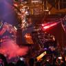 Lady Gaga, Las Vegas Konserine Devasa Robotla Çıktı